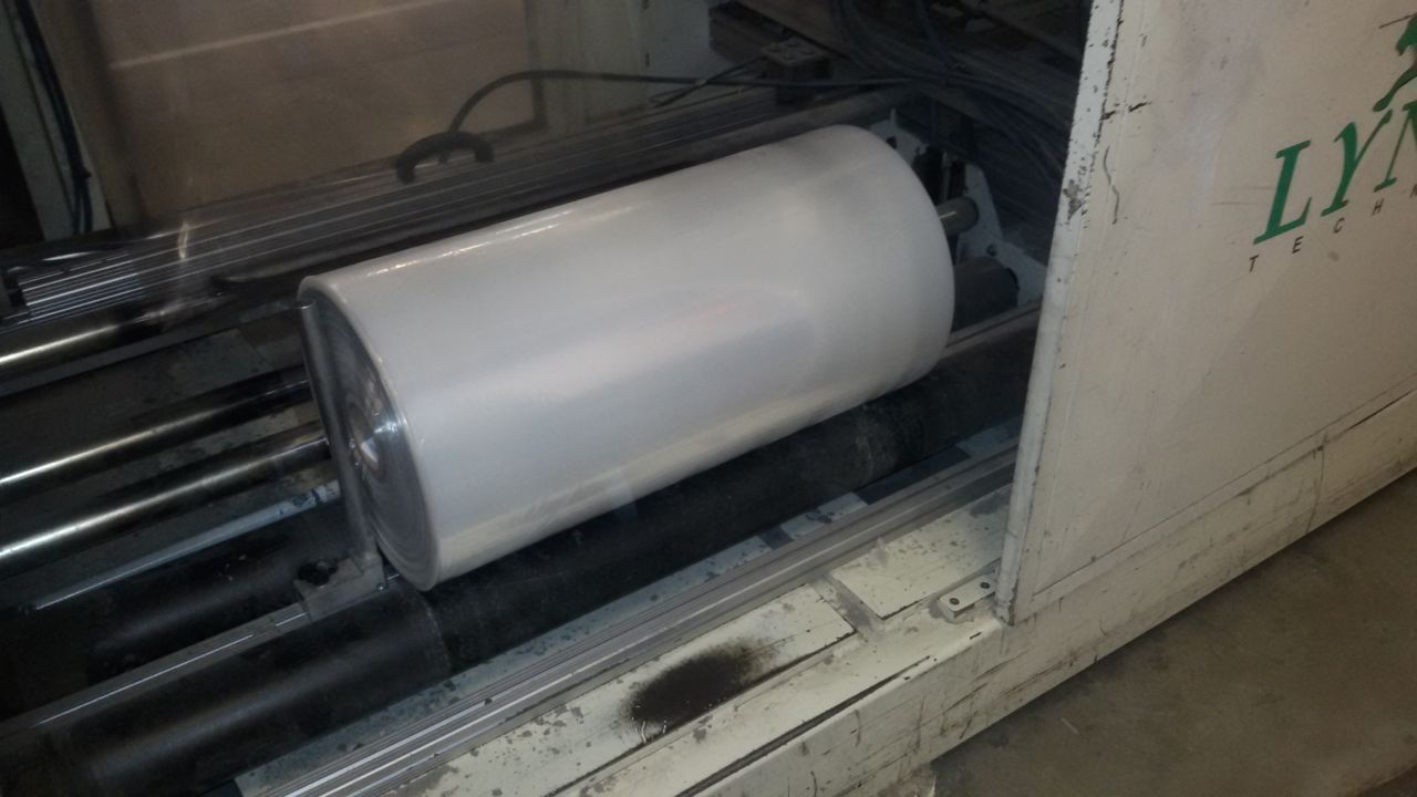 Toilet paper and kitchen towel converting machinery
